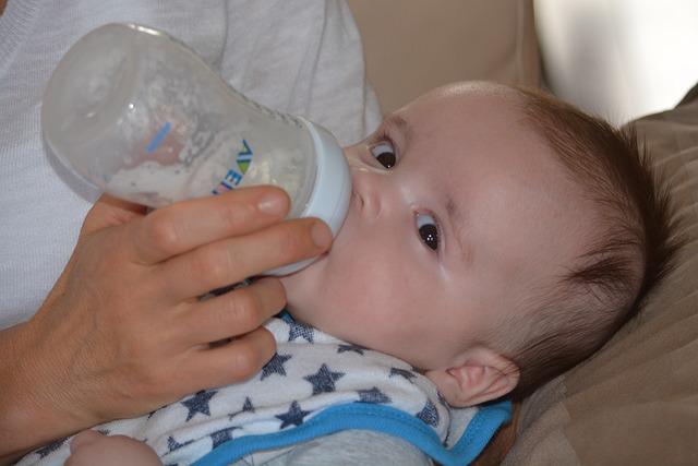 Laits et farines infantiles : comment les utiliser